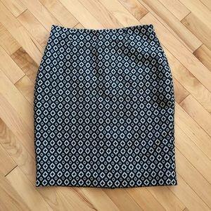 🤩Worthington White/Black Diamond Pencil Skirt